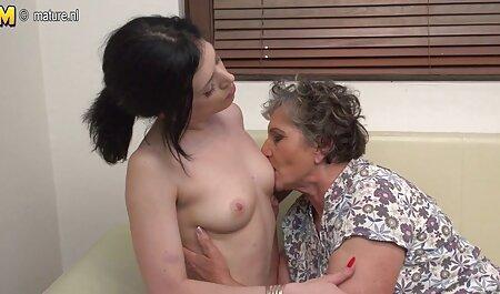 Party Sex kleine brüste porn 3