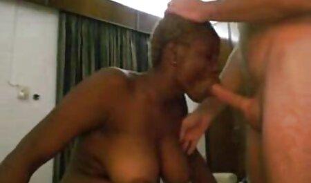 Mutter betritt das Badezimmer - you porn dicke titten italienisch