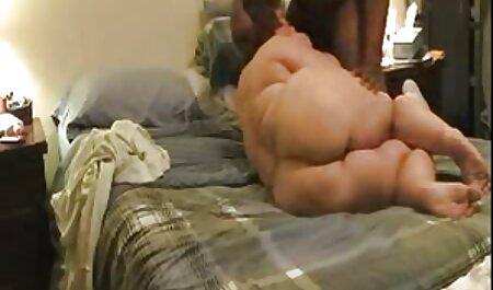 Kayla gegen Tori pornos busen