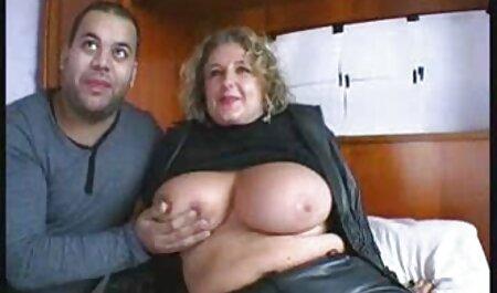 Ashley und Questa große tittenpornos haben Spaß