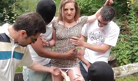 Mädchen auf Mädchen hd hängetitten 122