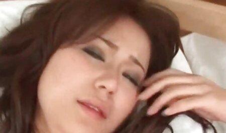 srazysexy zeigt und spielt mit Füßen, S und brüste porn tube Titten