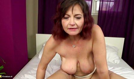 Türken und großer busen porn Masturbation zeigen Mädchen, die Webcams machen