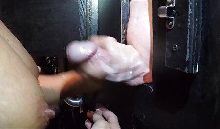 Ayaka-von kleine tittenporno PACKMANS