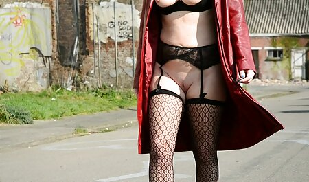 Ivonne Schoenherr - Halloween Horror erotic titten Hostel
